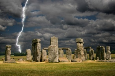 2013-11-20_04_Stonehenge Lightning Storm UK Great Britain