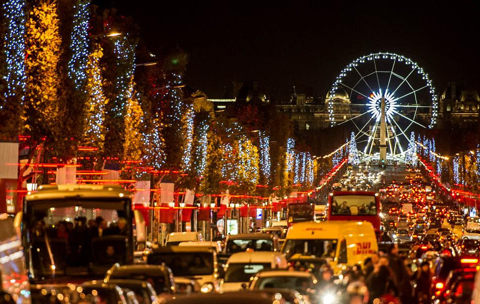 2013-11-22_05_Champs Elysees Paris Christmas France