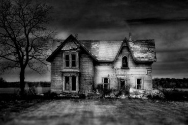 2013-12-17_02_Ghost House