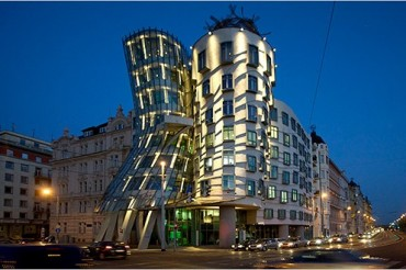 2013-12-18_05_Dancing House Prague Czech Republic