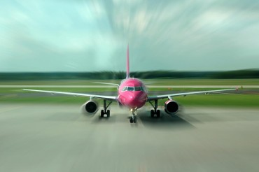 2013-12-20_04_Wizz Air Aircraft Airbus Aiprort