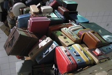 2014-02-19_04_luggage-airport