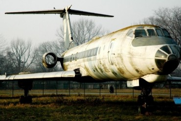 2014-04-15_02_Old Airplane Aircraft Russia