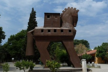 2014-05-24_01_Trojan Troy Horse Turkey