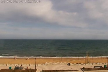 2014-05-31_04_Web Camera Web Cam Crimea Empty Beach Summer After Russian Annexion