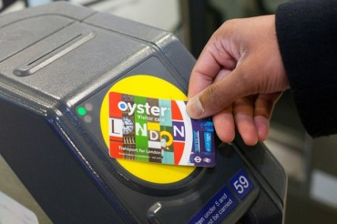 2014-07-11_08_Oyster Pass Card Public Transport London UK