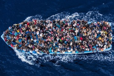 2015-05-10_02_Asylum Seekers Risk Lives Europe Border Migrants
