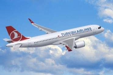 2015-10-27_03_Turkish Airlines Aircraft