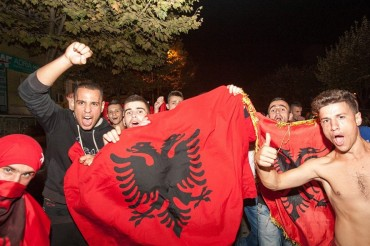 2015-11-02_02_Albania Fans Flag Football Soccer